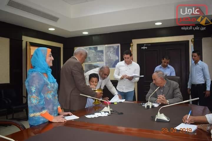 صورة رباب زمزم تشارك في فعاليات المحافظة لمنح تأشيرات حج إضافية لأبناء البحر الأحمر