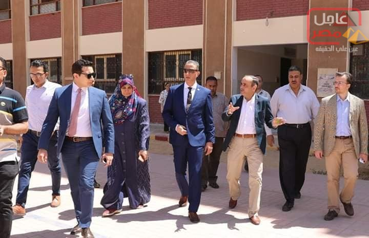 صورة الأنصاري وجولاته التفقدية لعدد من لجان الإمتحانات بالمدارس بسوهاج