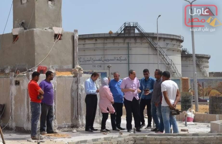 صورة السكرتير العام يتفقدمتابعة تطوير الكورنيش الجديد وميدان فكري زاهر بالسويس.