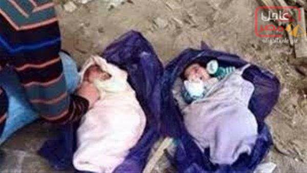 صورة العثور على جثتى لطفلين رضعين حديثي الولادة بصندوق قمامة بمنطقة الرمل