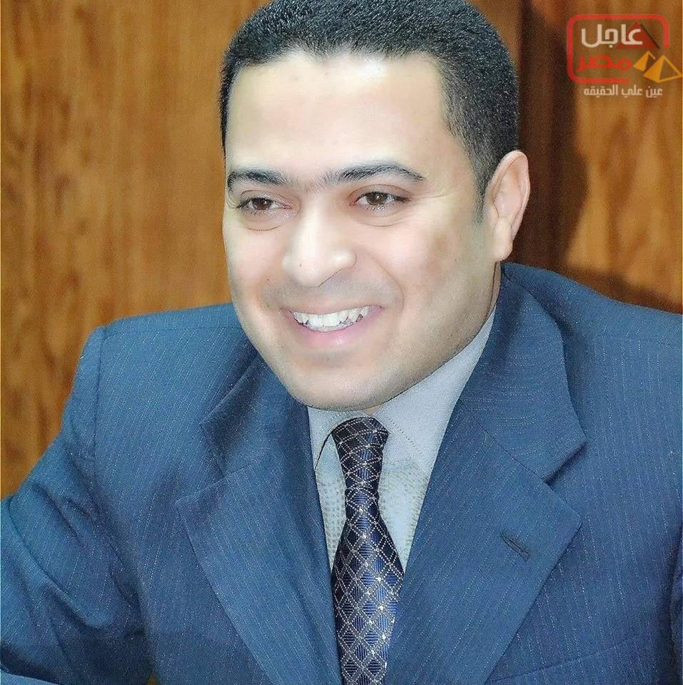 صورة الدكتور محمد عبد الخالق مدير عام فرع سوهاج يتقدم بتهينئ إلى جميع شعب مصر بعيد ثورة 30