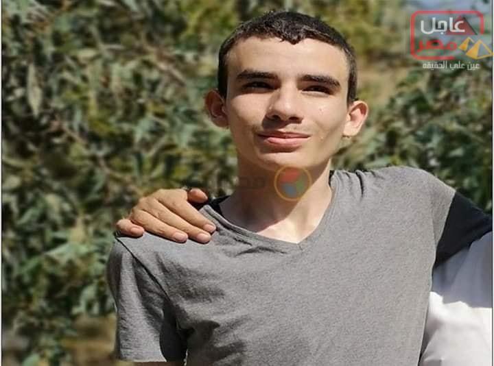 Photo of مروان وحيد عواد، الأول على الجمهورية علمي رياضة، مصاب بالتوحد،