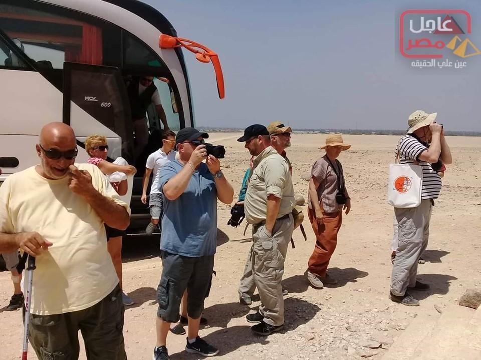 صورة توافد الألمان والبرازلين علي المعالم الأثرية في محافظة المنيا