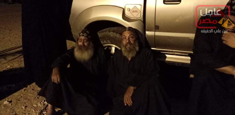 Photo of عاجل..إعتصام رهبان دير الانبا صموئيل بمغاغة_المنيا