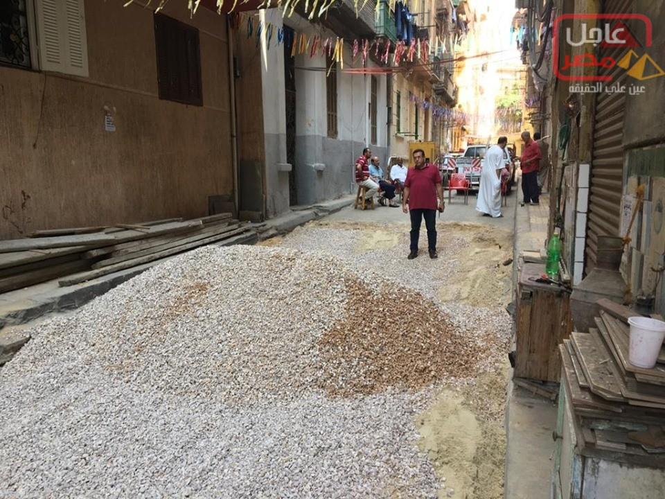 Photo of متابعة دقيقة و لحظية من رئيس حي وسط لأعمال إصلاح الهبوط الأرضي بشارع ياسين _محرم بك