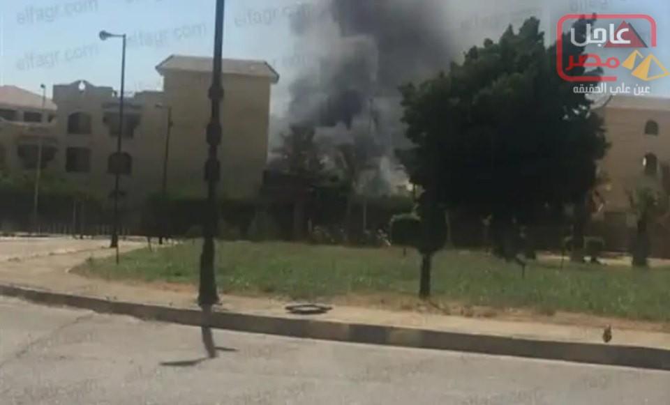Photo of حريق هائل في أحد المباني بشارع التسعين بالتجمع الخامس