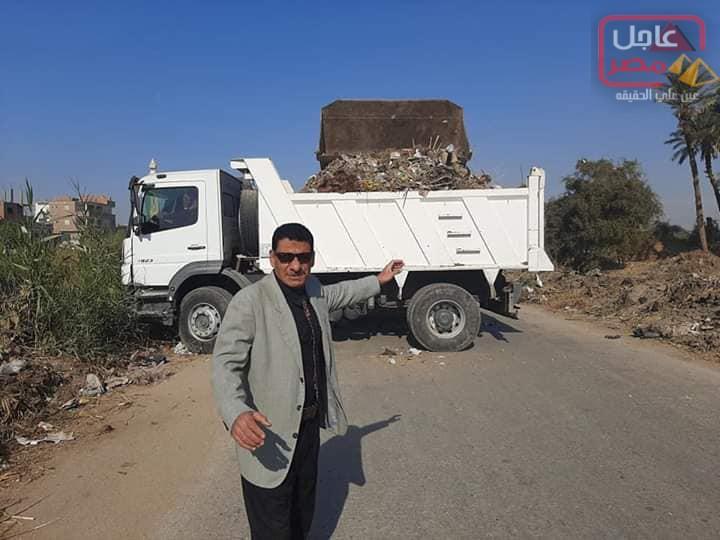 صورة الوحدة المحلية لمدينة تقوم بحملة نظافة مكبرة بمدينة ساقلتة اليوم