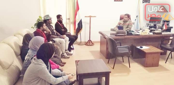 Photo of رئيس مدينة القصير يلتقى بعدد من شباب المدينة