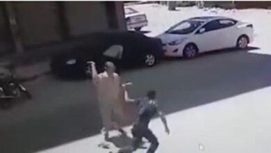 Photo of أعتداء بلطجية بسلاح ابيض على شاب صيدلى
