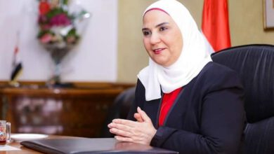 Photo of وزيرة التضامن الإجتماعي تعلن موعد فتح الحضانات وتؤكد ٤ أيام عمل فقط