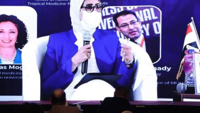 صورة وزيرة الصحة: مصر تشارك مع 6 جهات دولية للحصول على لقاحات لفيروس كورونا المستجد وصلت للمرحلة الثالثة من التجارب السريرية