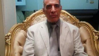 صورة وزير العدل السابق ابن قرية مشله يتبرع بقطعة ارض للصرف الصحي