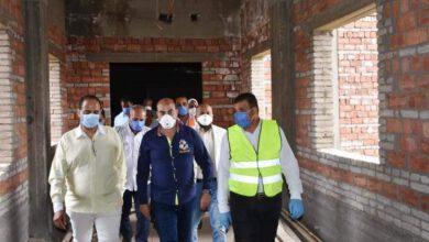 صورة محافظ أسوان .. تم عرض مطلب مستشفى إدفو العام الجديد على رئيس الوزراء ..